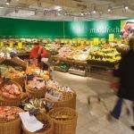 Einladende Markt-Atmosphäre bei famila